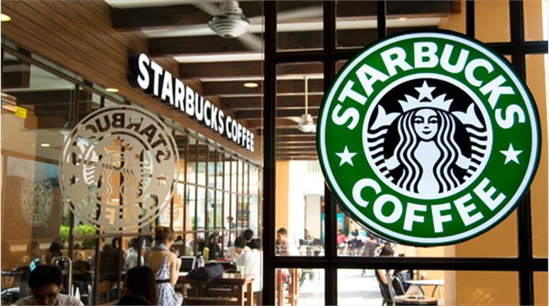 Starbucks Tiến Tới Loại Bỏ Ống Hút Nhựa Trên Toàn Chuỗi Cửa Hàng Tại Việt Nam