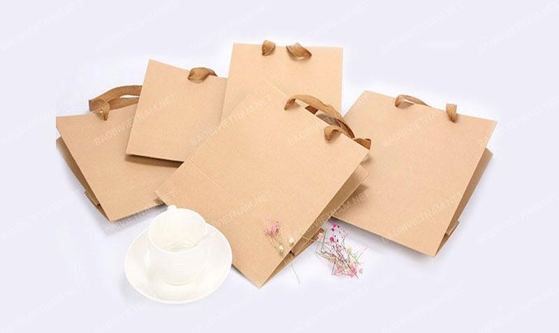 Giấy Kraft được ứng dụng trong túi xách