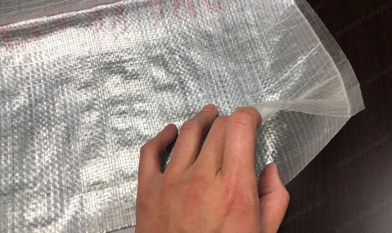 Lớp nhựa PP phủ giúp bảo vệ sản phẩm bên trong